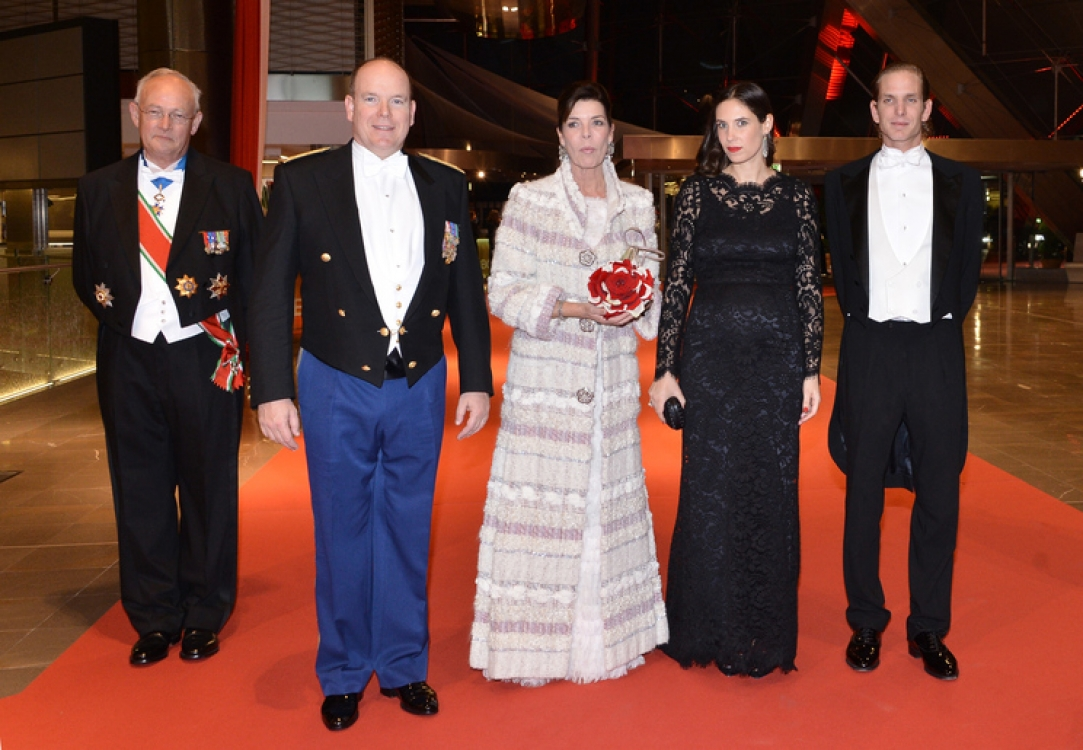 Князь Альбер II, принцесса Каролина, Татьяна Санто Доминго и Андреа Казираги