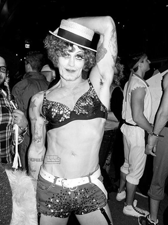 Марк Джейкобс в образе Kit Kat танцовщицы из кабаре, The Boom Boom Room, Нью-Йорк, 2011 год