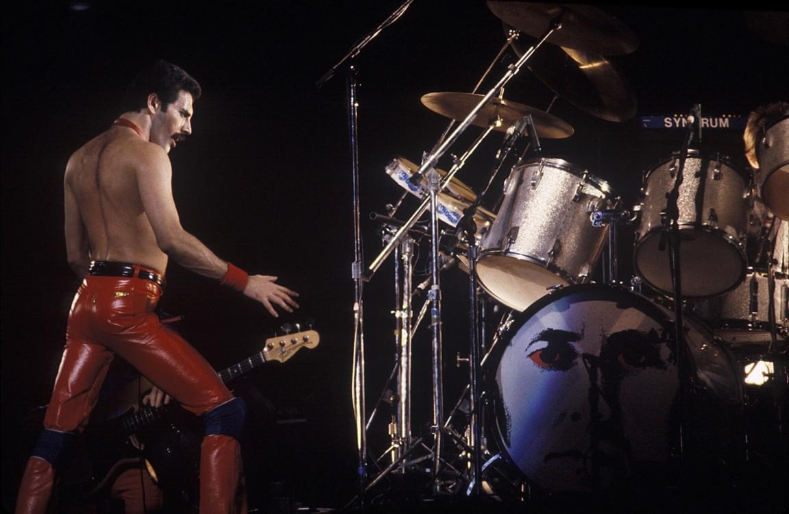 На сцене в Мэдисон-Сквер-Гарден в 1980 году