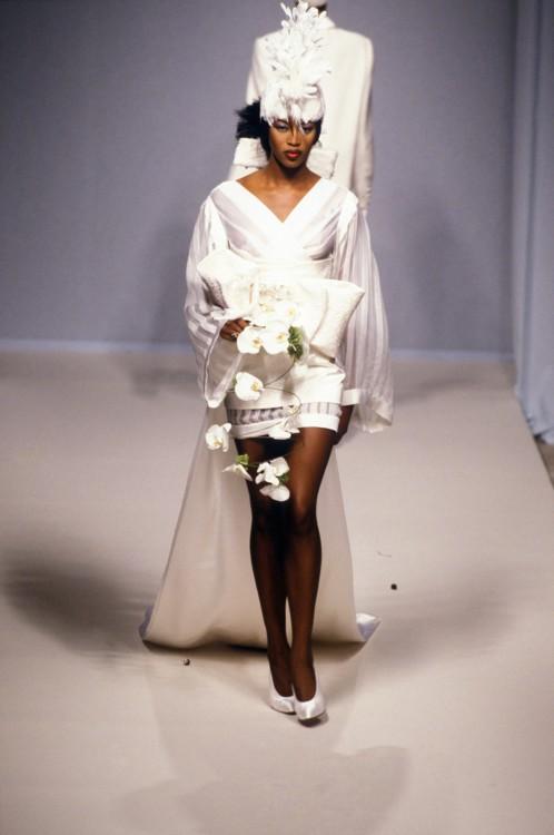 Guy Laroche Haute Couture осень-зима1994/1995