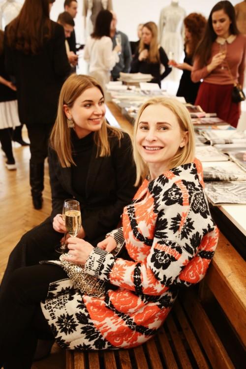 Олена Добринська і Ольга Дякова
