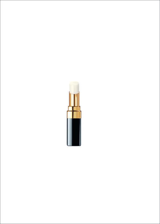 Увлажняющий и восстанавливающий бальзам для губ Rouge Coco Baume, Chanel ухаживает за кожей и придает им легкое мерцание. В составе - воски и растительные вещества, который создают влажный эффект