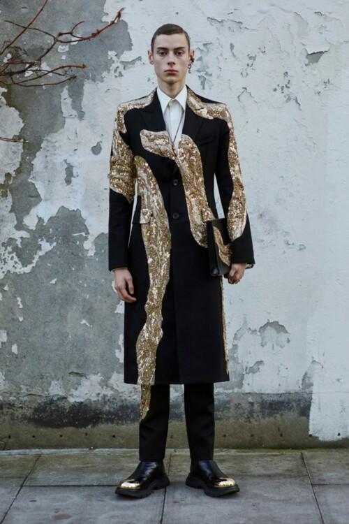 Alexander McQueen Menswear осень-зима 2020/2021
