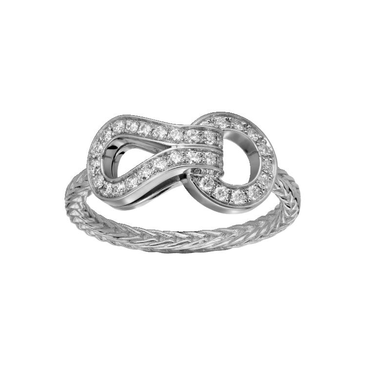 Кольцо Agrafe, белое золото, бриллианты