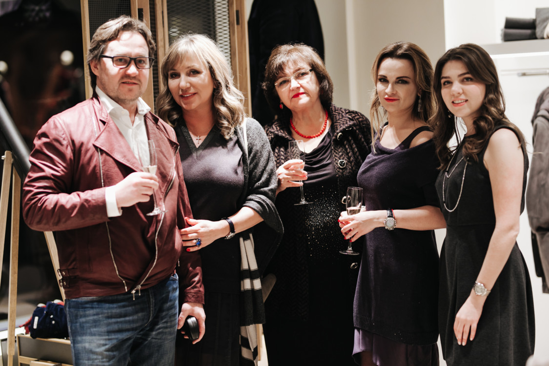 Александр Морозов, Юлия Матвиенко, Валентина Крачко, Мирослава Вацик, Вероника Юткина