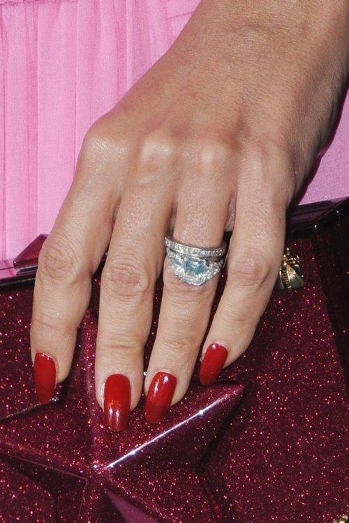 Бриллиантовое обручальное кольцо Сальмы Хайек