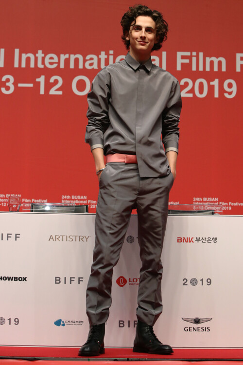 Тимоти Шаламе в Haider Ackermann на Пусанском международном кинофестивале, 2019