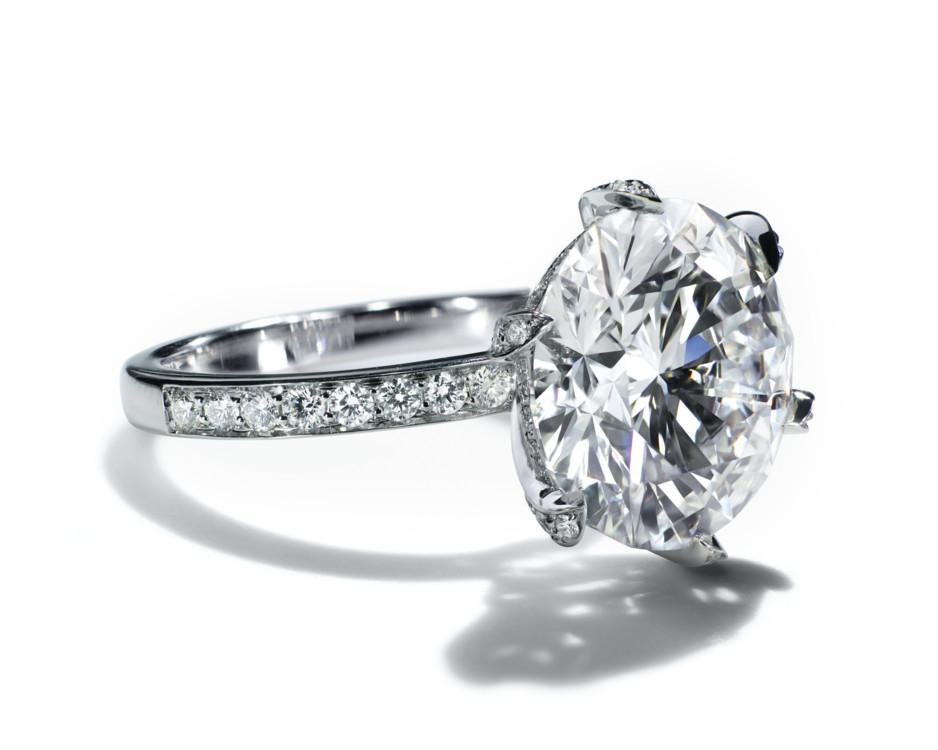 Кольцо Tiffany & Co. платина и бриллианты