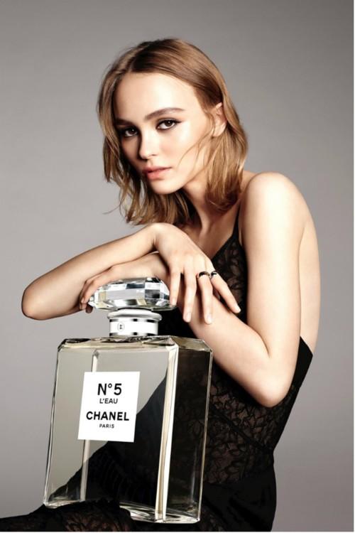 Лілі-Роуз Депп для Chanel No.5 L'Eau