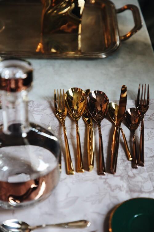 Столове приладдя з колекцій H-art gold і H-art cooper – все Sambonet