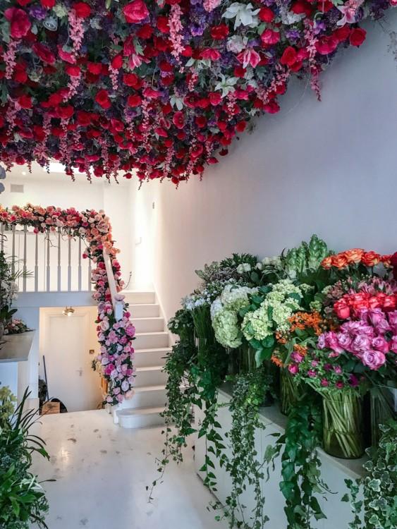 Цветочный магазин Moyses Stevens на Elizabeth Street