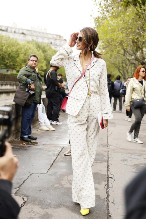Шелковые пижамы стритстайл фото лето 2020 фото