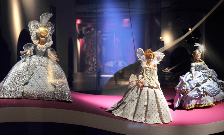 Барби в исторических костюмах