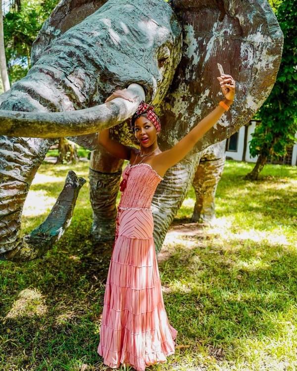 Наоми Кэмпбелл в Кении