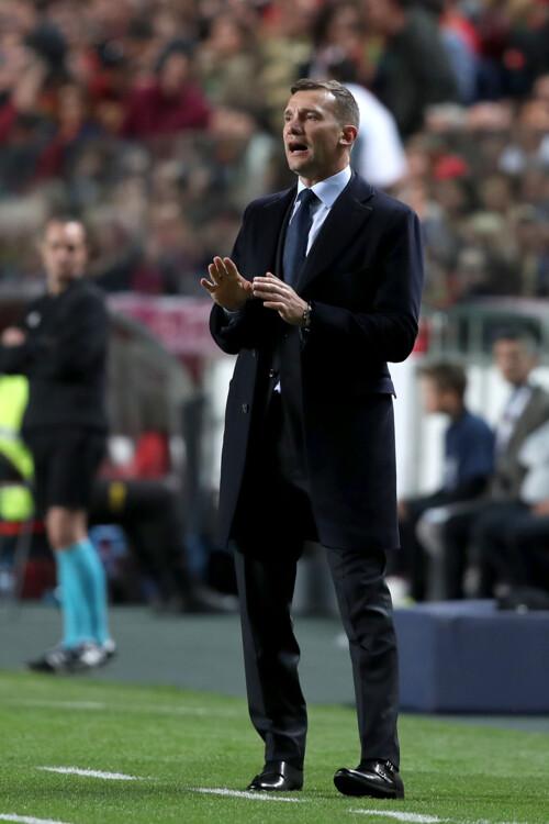 Андрей Шевченко во время матча «Португалия — Украина» в Лиссабоне, 2019