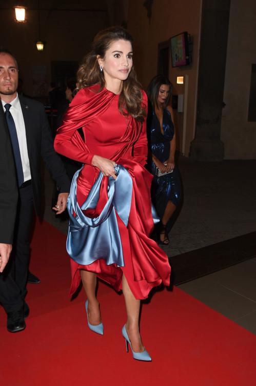 Королева Иордании Рания на гала-вечере Celebrity Fight Night в Палаццо Веккьо 11 сентября 2016 года во Флоренции, Италия