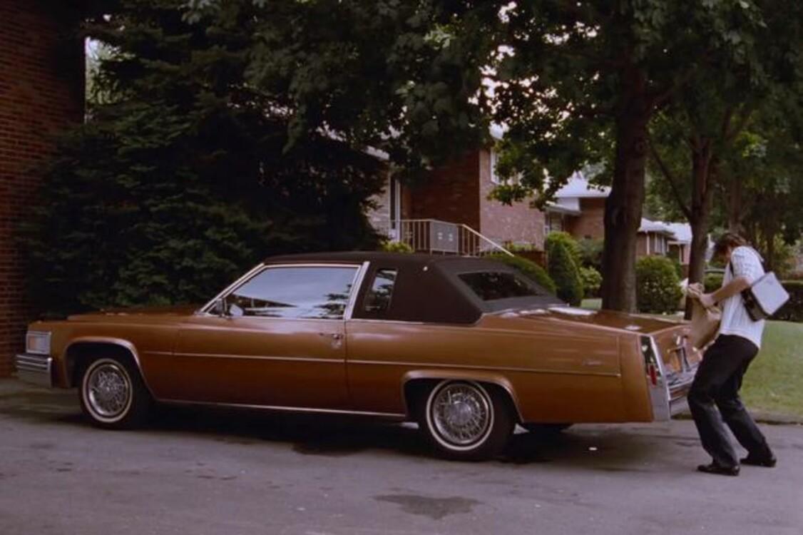 Cadillac Coupe DeVille Phaeton (1979) – еще один автомобиль гангстера Генри Хилла. Фильм вы знаете. Photo: Warner Bros.