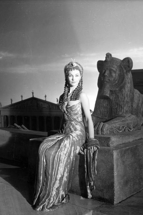 Вивьен Ли на съемочной площадке фильма «Цезарь и Клеопатра» 1944 год, Фото: Cecil Beaton