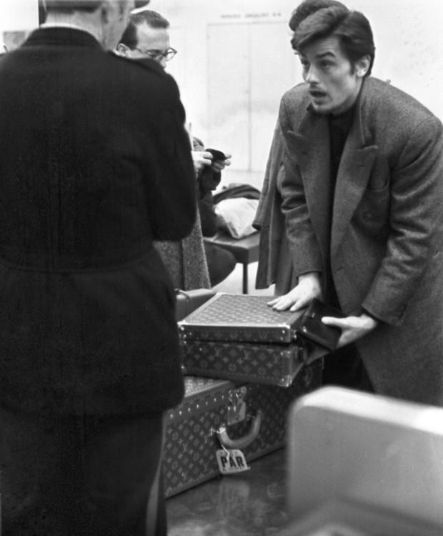 Ален Делон в аеропорту Орлі, 1962 рік