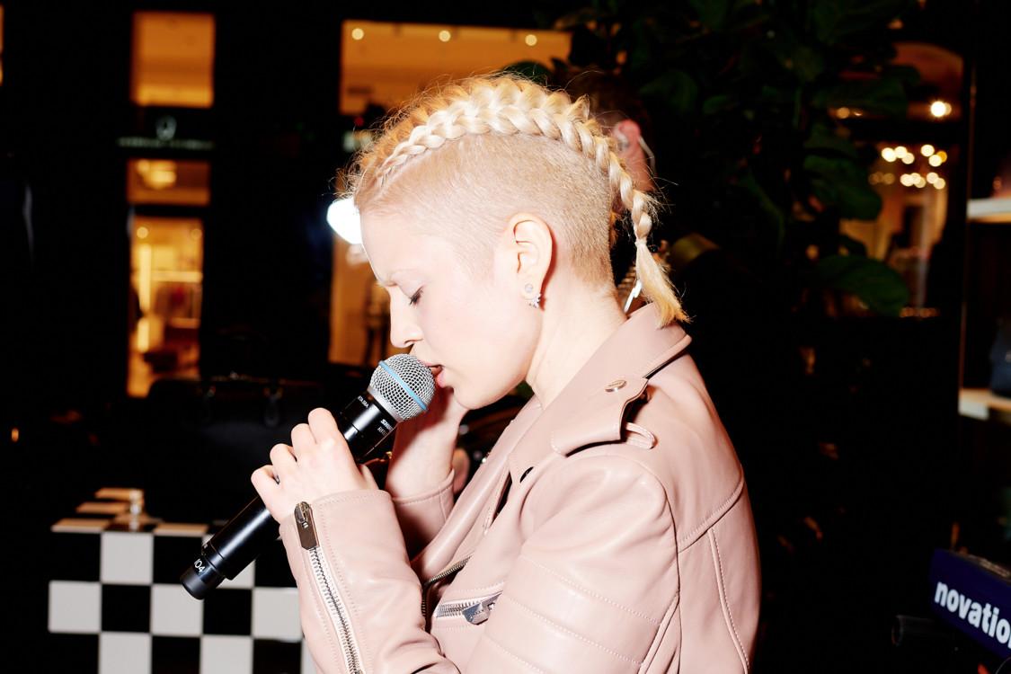 Выступление Mari Cheba