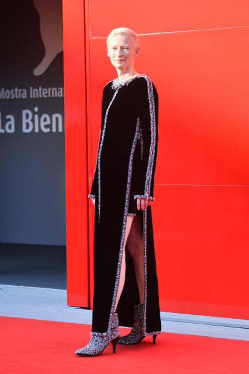 """Тільда Свінтон на прем'єрі фільму """"Минулого року у Марієнбаді"""" на Венеціанському кінофестивалі"""
