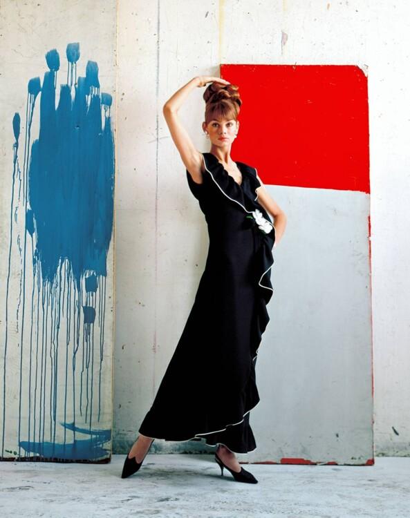 Джин Шримптон в платье из крепа  Mary Quant, июнь 1964