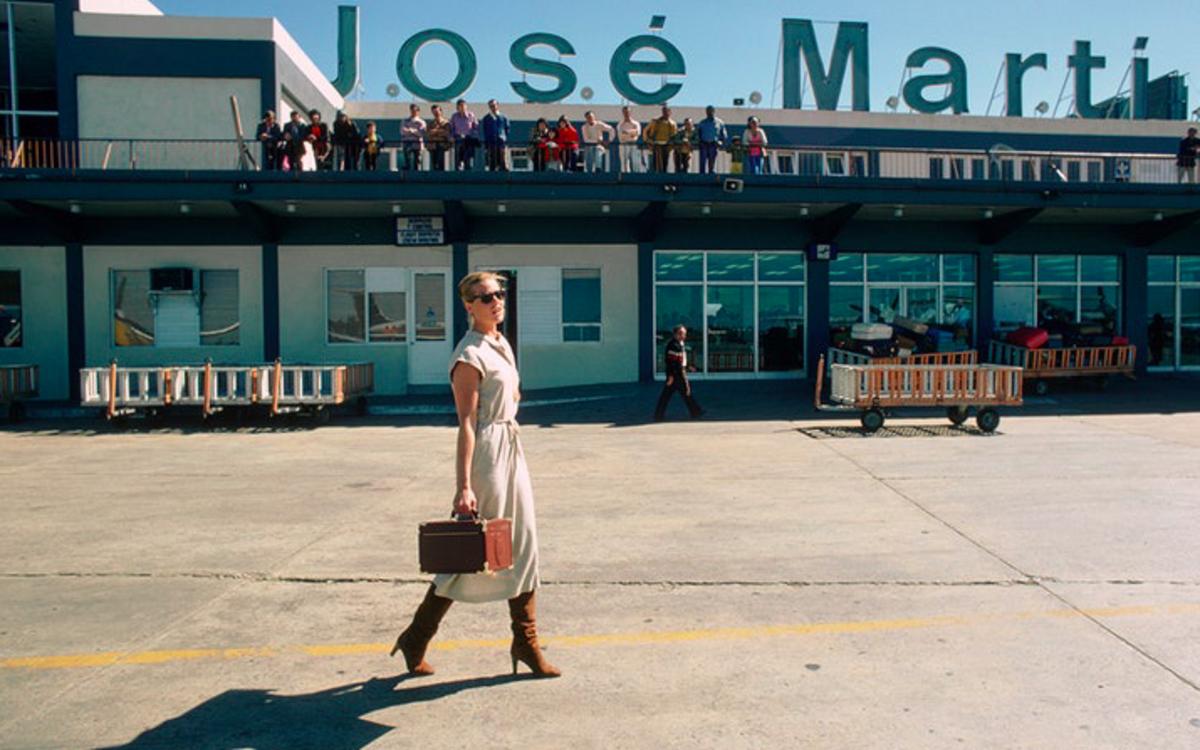 Марго Хемингуэй в международном аэропорту имени Хосе Марти в Гаване, 1978