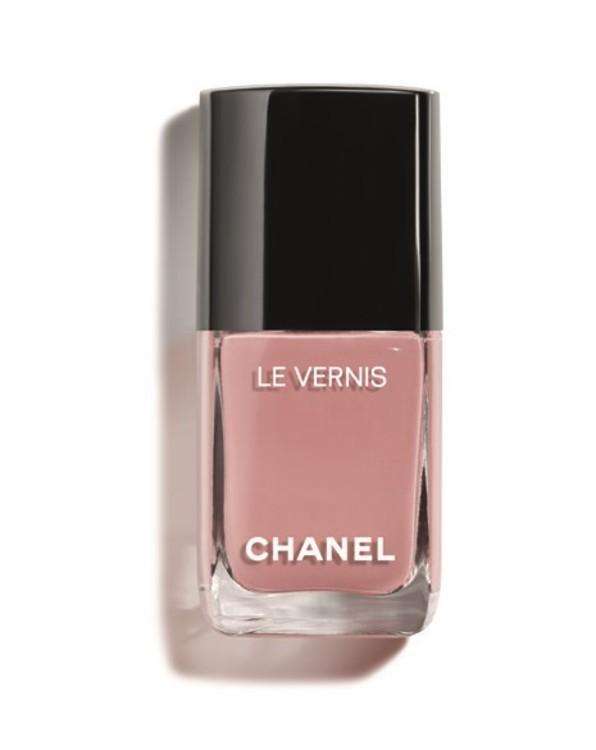 Лак для ногтей Le Vernis оттенка Daydream из весенней коллекции макияжа Desert Dream, Chanel, лимитированный выпуск