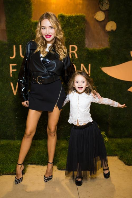 Виктория Чекурда с дочкой