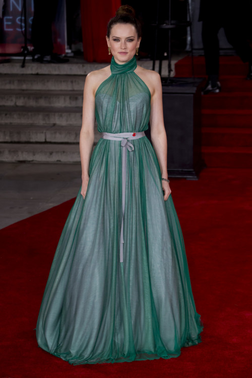 Дейзи Ридли в Vivienne Westwood