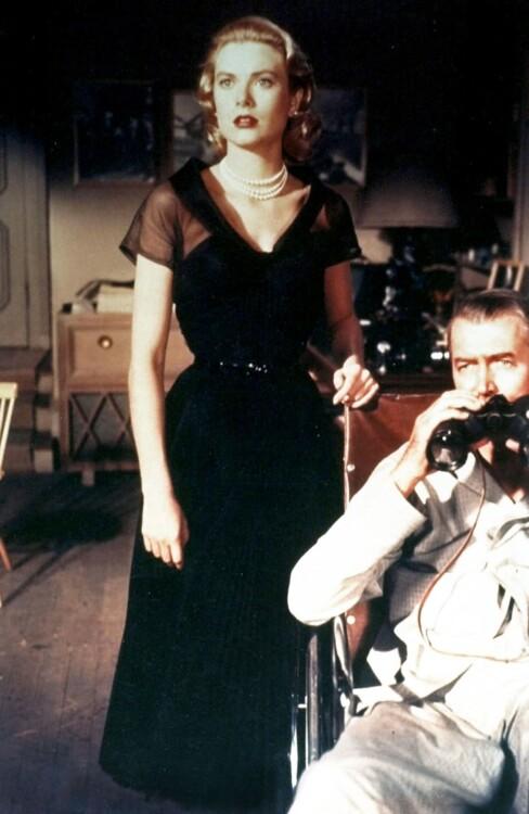 Грейс Келлі у фільмі «Вікно у двір», 1954