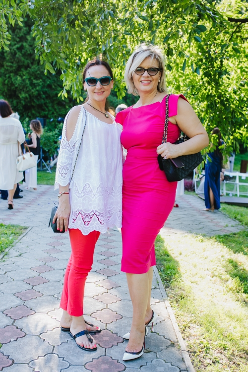 Мирослава Дрогомирецкая (справа)