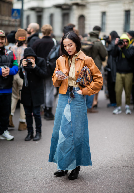 Джинсовые юбки стритстайл фото 2020 фото