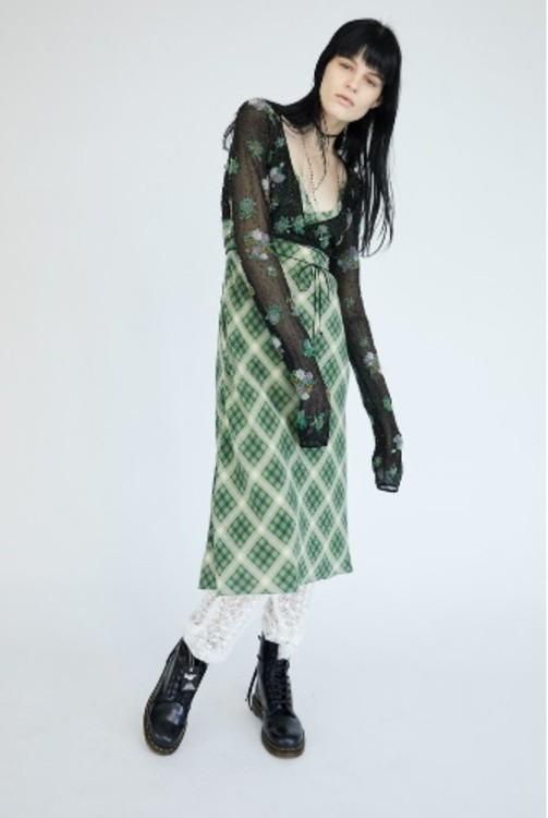 5be3f2162024d - Redux Grunge: ностальгия от Marc Jacobs