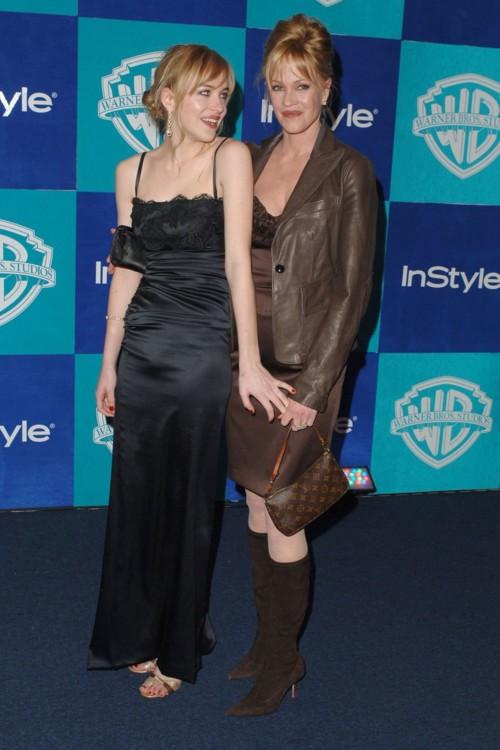 На вечеринке Golden Globes с матерью, 2006 год