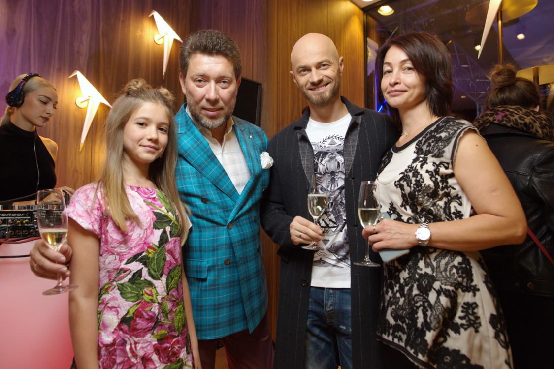 Андрей Здесенко , Маша Здесенко, Влад Яма , Инна Здесенко