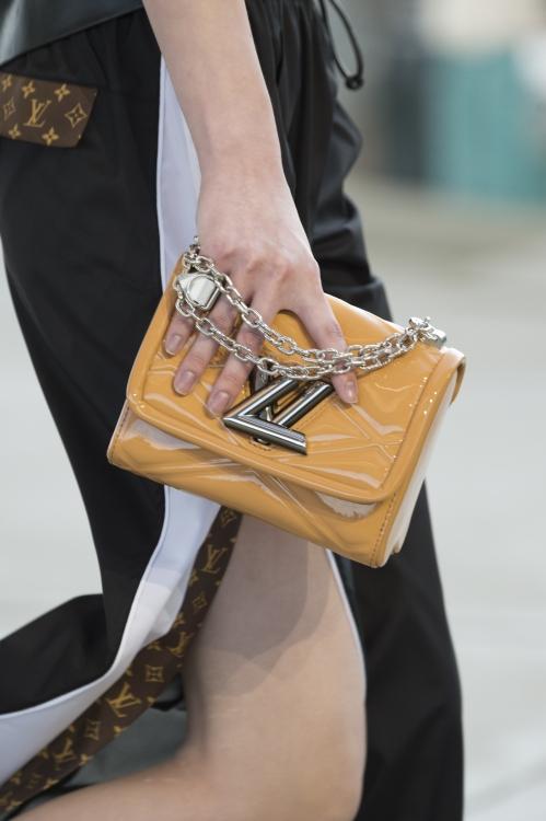Модные сумки весна-лето 2017 Модные сумки 2017 100 фото