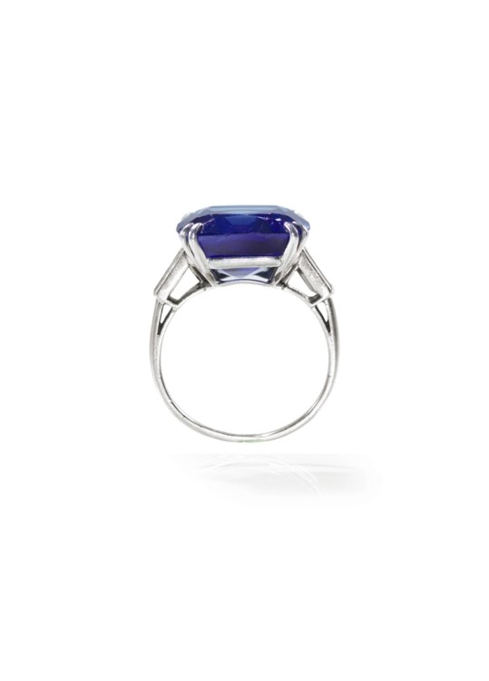 Кольцо с кашмирским сапфиром Chaumet
