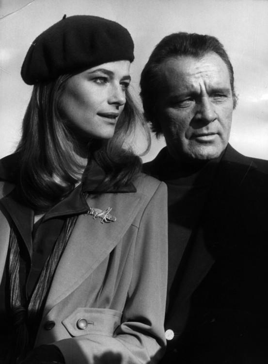 Шарлотт Ремплинг и Ричард Бартон, 1974