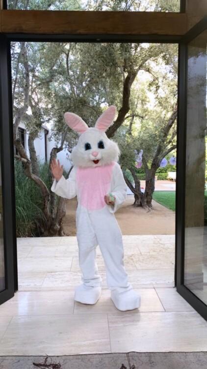 Великдень у Розі Гантінгтон-Вайтлі