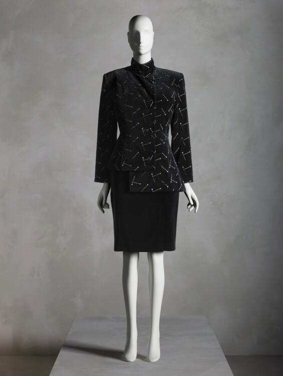 Ансамбль Патрик Келли, осень-зима 1988–89; подарок Сэнди Шрайер