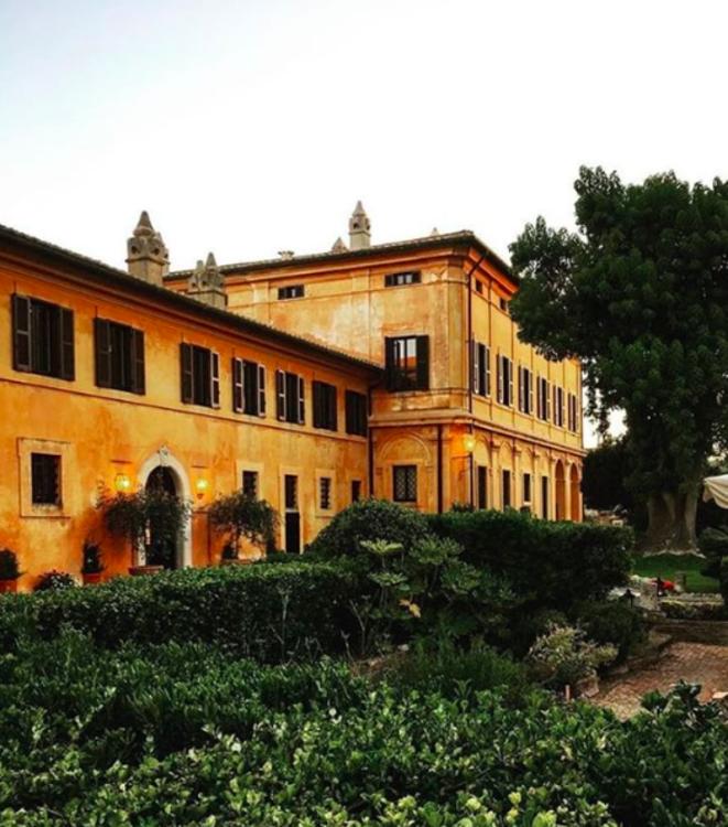 Готель La Posta Vecchia (фото: @lapostavecchiahotel)