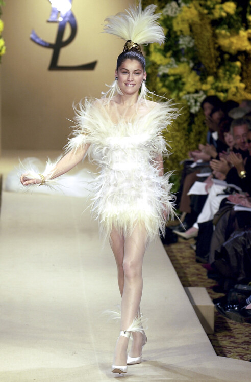 Yves Saint Laurent Haute Couture весна-лето 2000