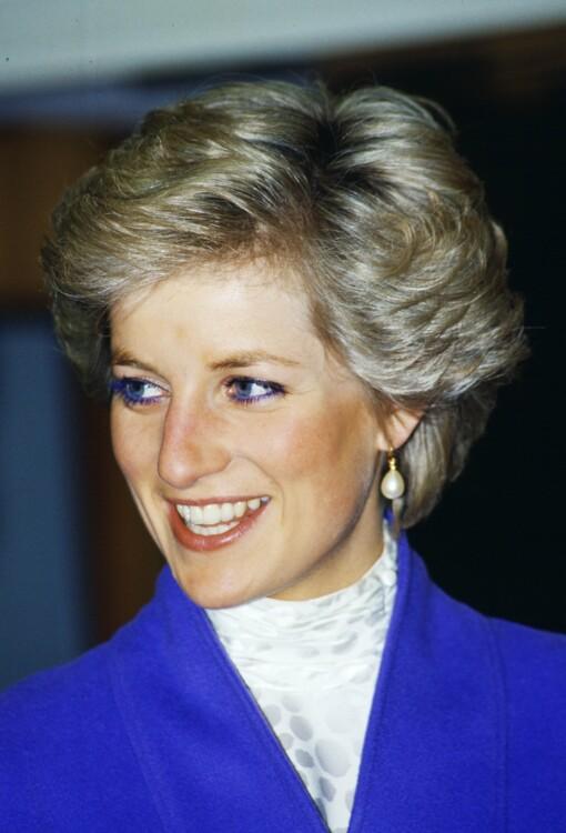 1990. Принцесса с визитом на фарфоровый завод в Уэлльсе