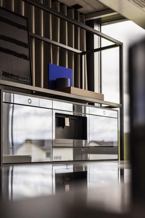 Духовые и паровые шкафы, кофемашины, винные холодильники линейки Excellence Line прекрасно сочетаются между собой и могут быть установлены в любой комбинации.
