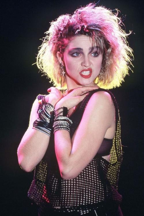 1983, расцвет панка и гранжа, Мадонна на съемках клипа Lucky Star