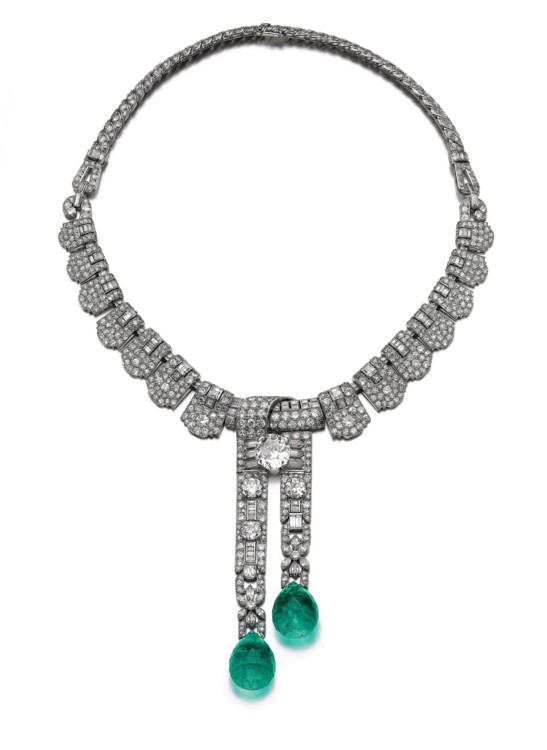 Лот 301- Emerald diamond necklace Cartier, Sotheby's