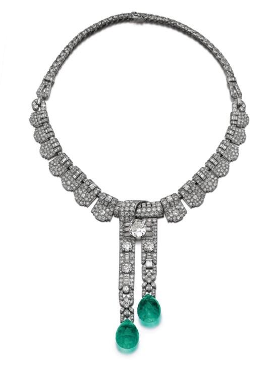 Лот 301- Emerald diamond necklace Cartier, Sotheby's