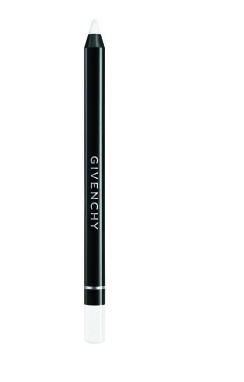 Карандаш для губ из коллекции Rouge Interdit №11, Universel Transparent, Givenchy. Он подходит для всех оттенков губ, сочетается с любой помадой. Микросферы в составе разглаживают морщинки, гиалуроновая кислота - придает объем и увлажняет