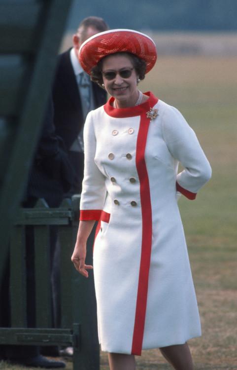Єлизавета II на матчі з поло в Віндзорі 1976 року